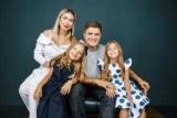 Шестилетняя дочь Анатолия Анатолий лолита впервые пошел в школу