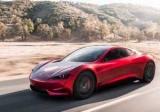 Tesla представила найшвидший серійний автомобіль у світі
