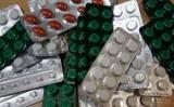 Какие лекарства нельзя назначать детям с острыми респираторными инфекциями: рекомендации врачей